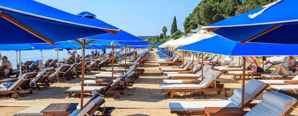 Welcome to Peroulia Beach